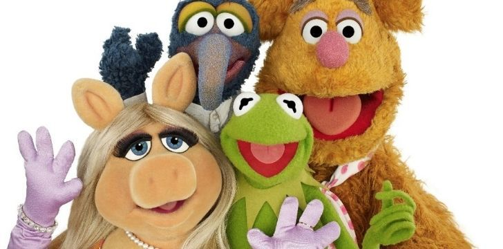 kermit with his friends including Miss Piggy