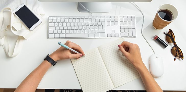 August 13th – Left-Handers Day.