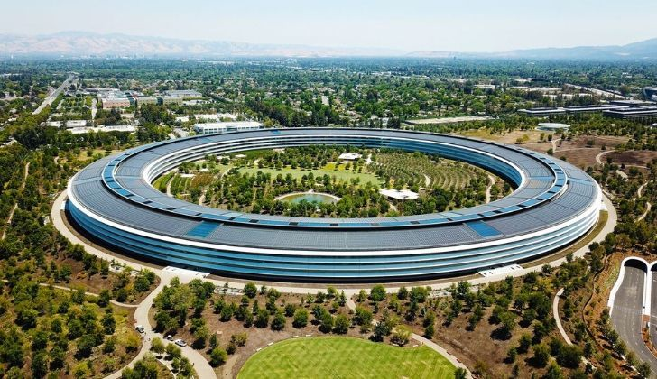 A birds eye view of the Cupertino offices.