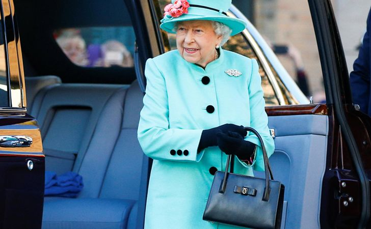 The British Queen's handbag is a body language communication device.