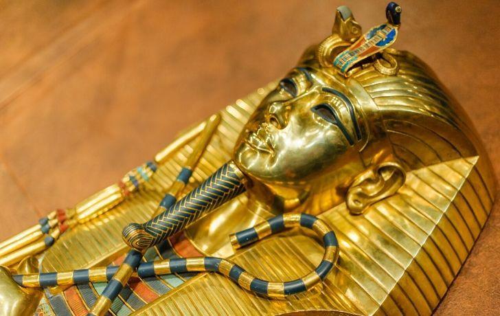 Tutankhamun golden coffin