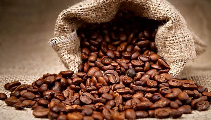 Coffee beans can help eliminate bad breath.