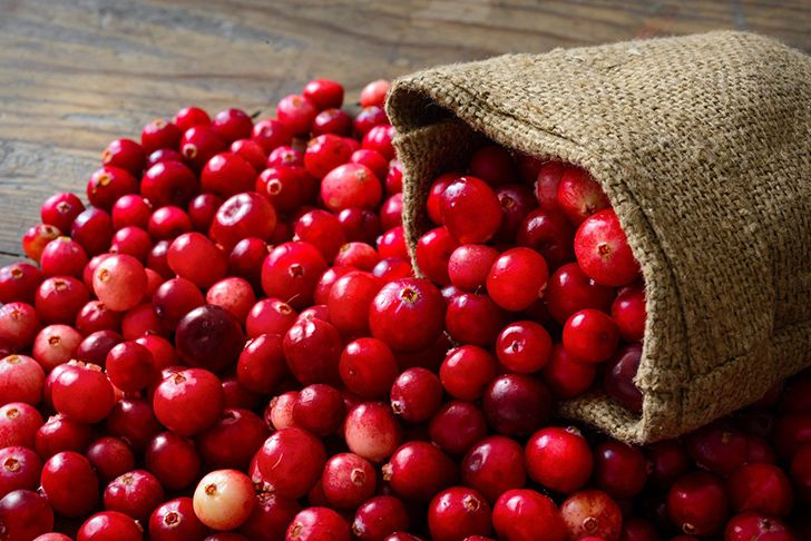 Ripe cranberries will bounce.