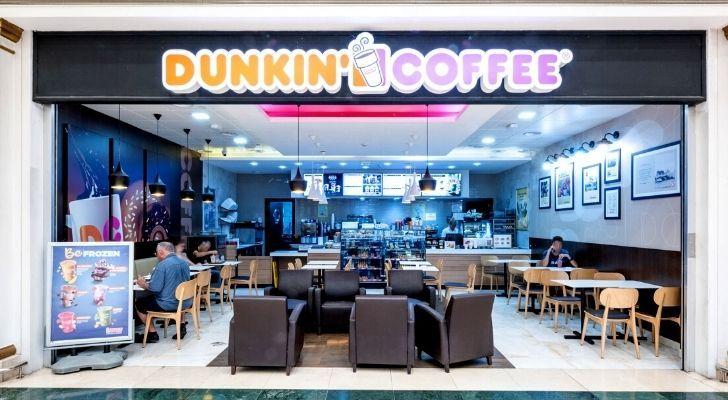 A Dunkin Coffee cafe