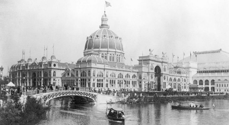 A black and white photo of the World's Columbian Exposition