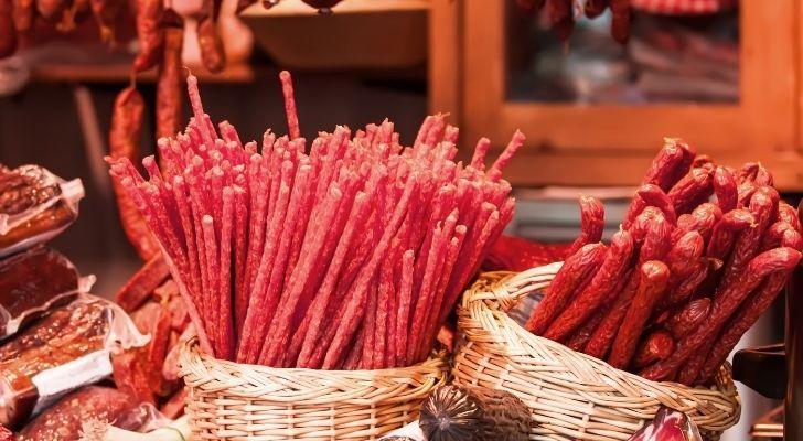 Thin sausage sticks in baskets