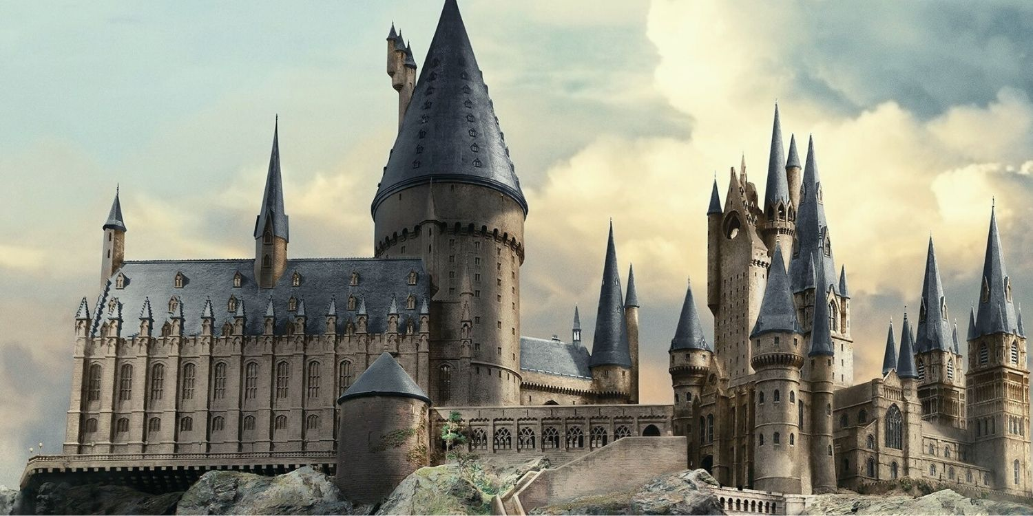 8 Enchanting Facts About Hogwarts School Of Witchcraft And Wizardry | The Fact Site