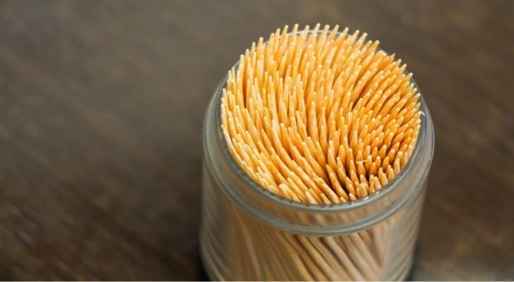 Lots of toothpicks