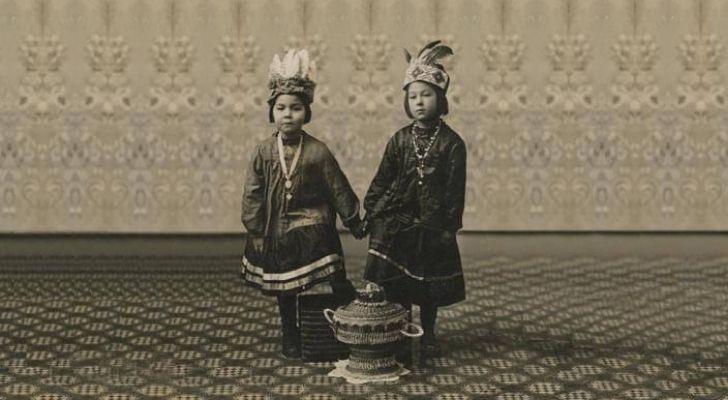 Two Wabanaki children