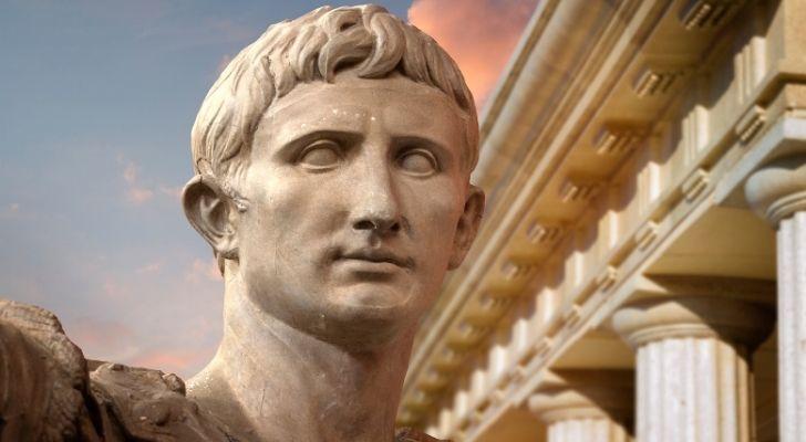 Julias Caesar statue