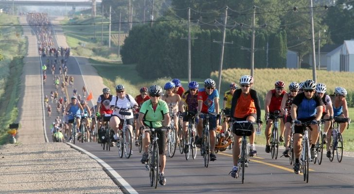 Cyclists taking part in the annual Iowa Bike Tour