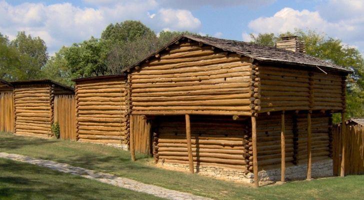 Fort Harrod wooden shacks